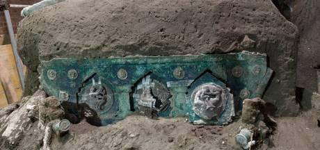 Découverte d'un char de l'époque romaine près de Pompéi