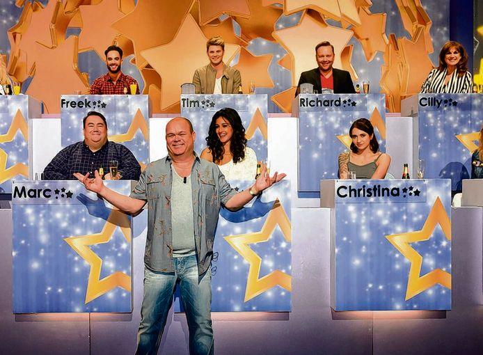 Paul de Leeuw in een oude aflevering van Ranking The Stars.