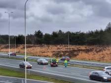 A28 tijdelijk afgesloten na ongeval