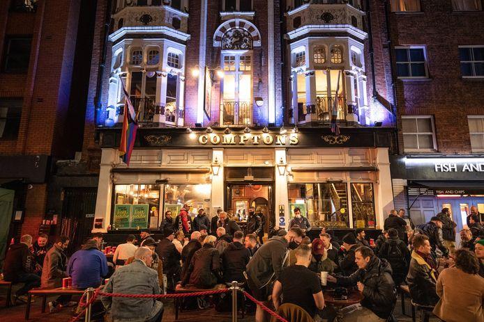 Un pub du quartier de Soho, à Londres (13 avril)