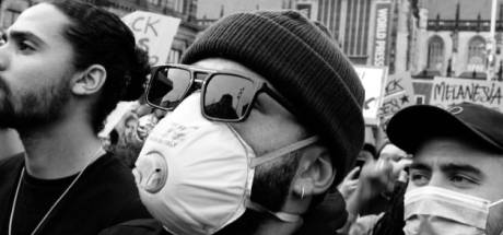 Depay en Dumfries bij demonstratie in Rotterdam: 'Ik heb een voorbeeldfunctie'