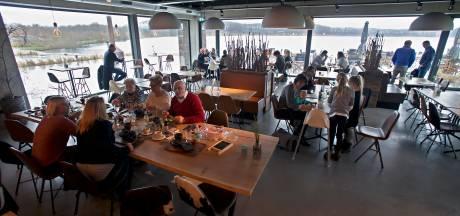 Geen bruiloftsfeesten in het restaurant, mag er een extra verdieping op Het Houtse Meer?