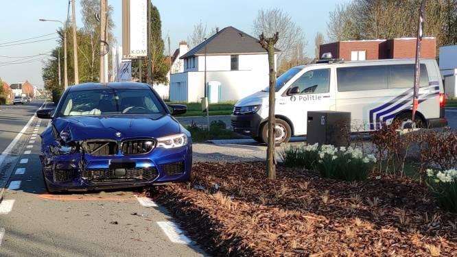 Bestuurster lichtgewond bij ongeval op Rijksweg