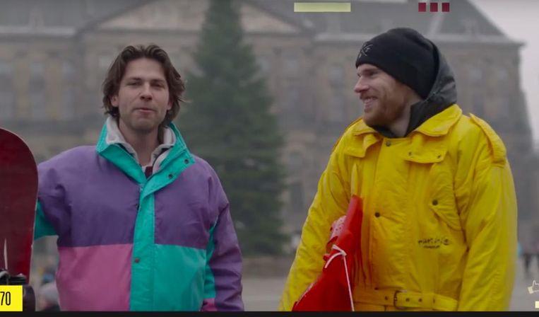 Beeld uit een aflevering van StukTV, waarin Giel de Winter, Stefan Jurriens en Thomas van der Vlugt iedere week een opdracht uivoeren die kijkers kunnen indienen op hun website. Beeld YouTube
