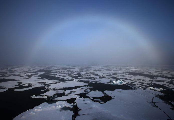 Ook de VS, Canada, Noorwegen en Denemarken maken aanspraak op de olie- en gasreserves onder het Noordpoolgebied.