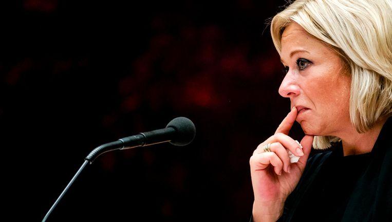 Oud-minister Jeanine Hennis van Defensie tijdens het debat over het fatale ongeluk met Nederlandse militairen in Mali. Beeld ANP