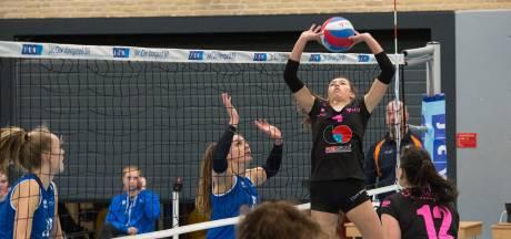 Talent Noa Rahangmetan moet bij volleybalsters FAST meteen vol aan de bak