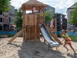 Speelzones op Markt geopend voor zomerse campagne Wetteren in bloei