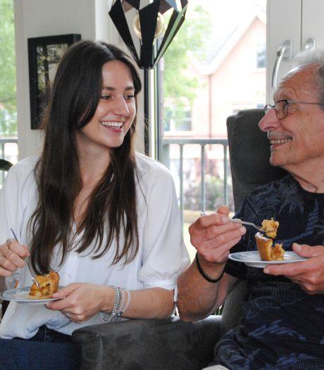 Vrijwilligster Tara Meijer: 'Koken met ouderen levert mooie en leerzame gesprekken op'