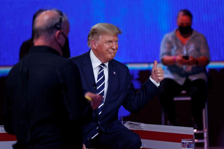 Trump gisteren tijdens zijn 'vragenuurtje' op NBC. Beeld REUTERS