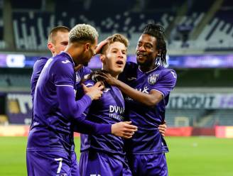 """Verschaeren keert terug naar plek waar hij 2,5 jaar geleden debuteerde: """"Als je denkt 'een puntje volstaat', dan hoor je niet bij Anderlecht"""""""