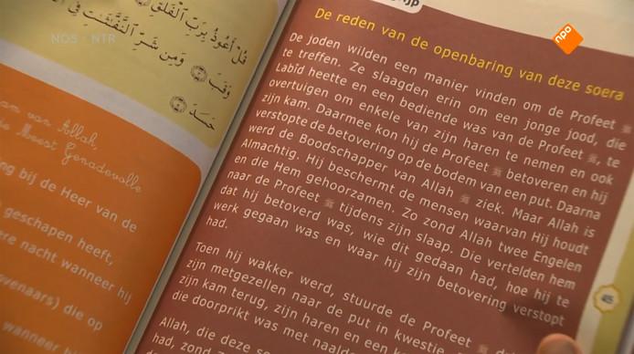 Screenshot uit uitzending van Nieuwsuur over islamitisch onderwijs op salafistische moskeescholen.