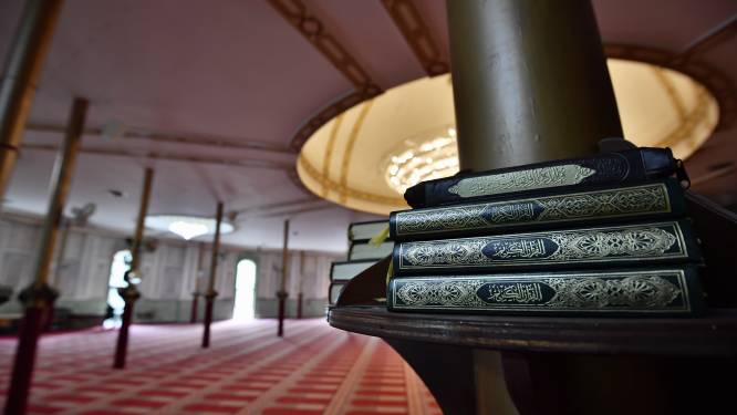 Onderzoekscommissie aanslagen 22/03 adviseert om concessie Grote Moskee stop te zetten