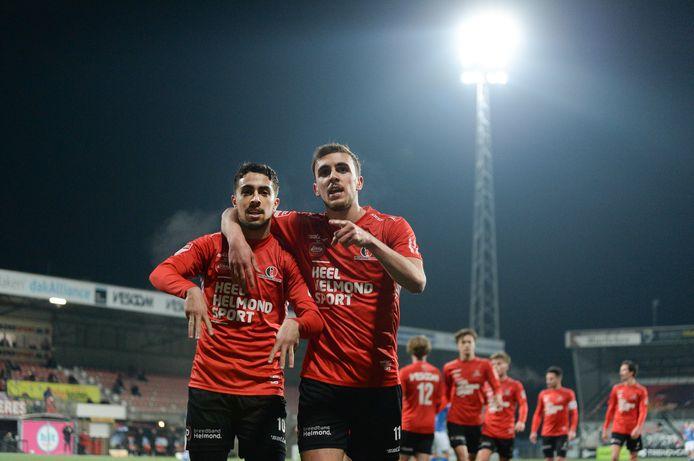 Karim Loukili viert zijn goal.