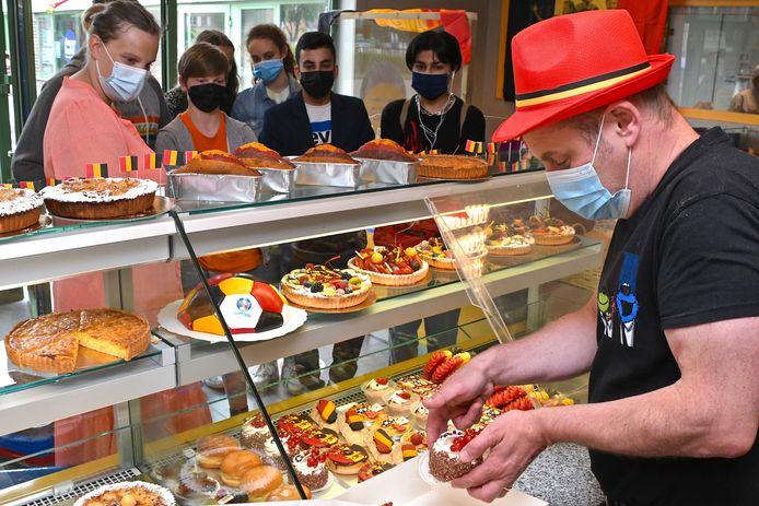 De EK-gekte in de bakkerij van het MSKA is compleet.