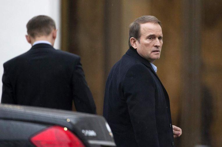Oekraïense politicus Viktor Medvedchuk arriveert bij de onderhandelingen in Minsk Beeld reuters