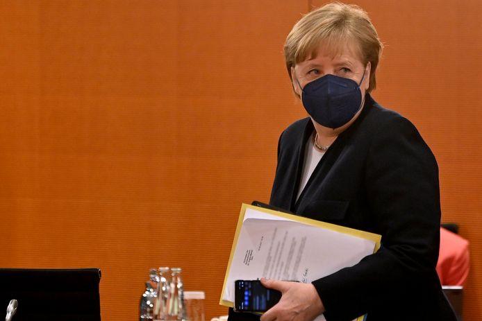 Angela Merkel vanochtend bij het wekelijkse overleg met haar kabinet.