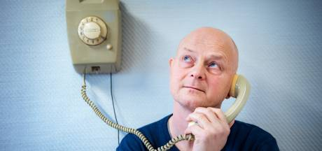 Wonderfoon laat dementerende ouderen luisteren naar liedjes van vroeger