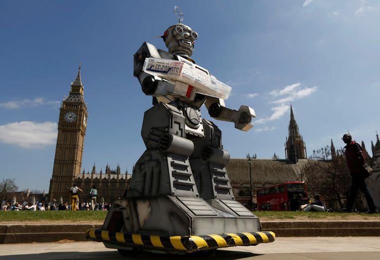 In 2013 werd deze 'robot' opgesteld voor het Britse parlement als protest tegen de ontwikkeling van 'killer robots'. Beeld Reuters