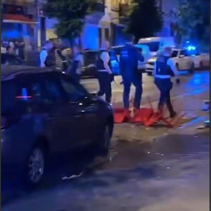 De politie werd in Kuregem bekogeld met projectielen