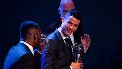 FIFA-gala: Ronaldo Voetballer van het Jaar, geen plaats voor Belg in Wereldelftal van het Jaar