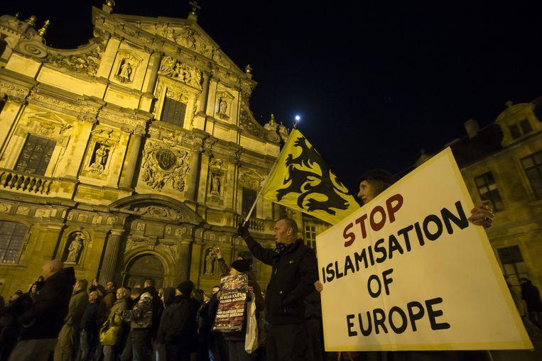 De betoging van Pegida op het Conscienceplein in Antwerpen. Beeld BELGA
