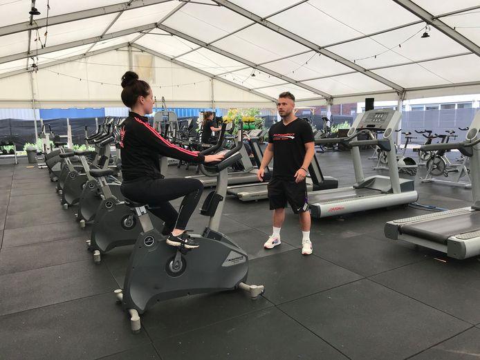 De leden van Studio Aktief/Fitpower 24/7 kunnen sinds maandag terecht in een outdoor sportschool.