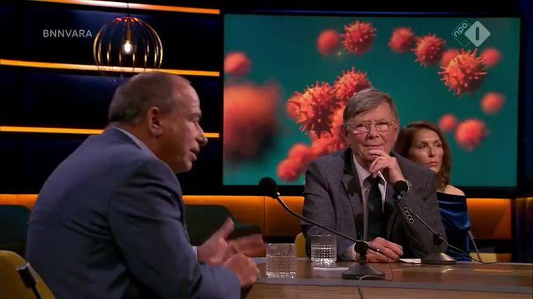 Ab Osterhaus (rechts), hier in discussie met Maurice de Hond. Beeld Videostill