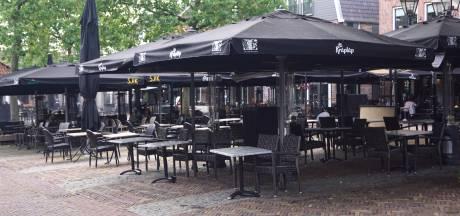 Petitie vóór behoud tijdelijke terrassen op Spuiplein: 'Niet terug naar zo'n ini-mini-terras'