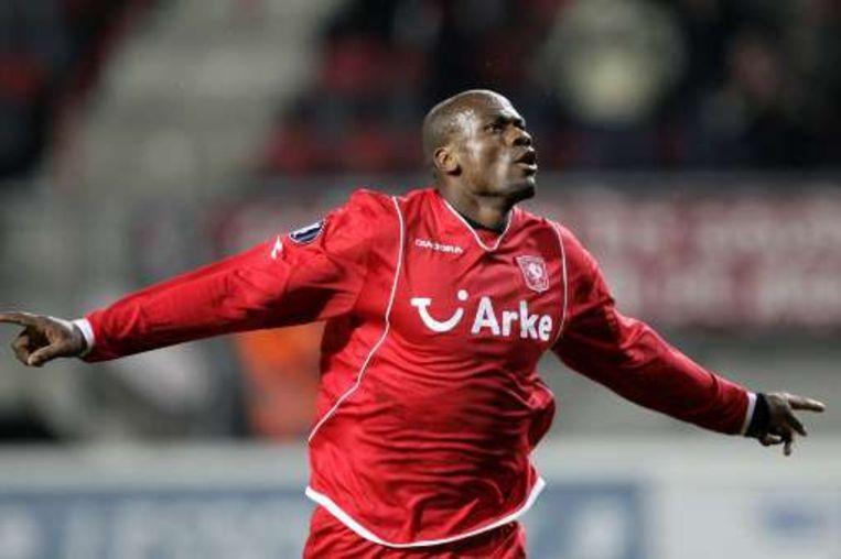 Blaise N'Kufo was eens te meer de held van Twente. Beeld UNKNOWN