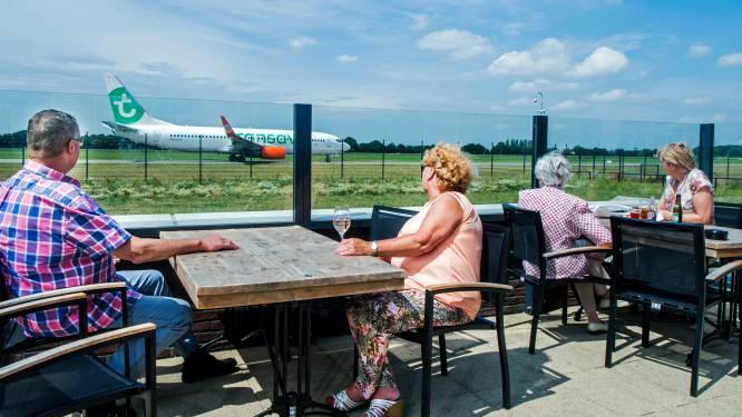 Vliegtuigen spotten kan straks weer vanaf het terras: nieuw restaurant aan de landingsbaan