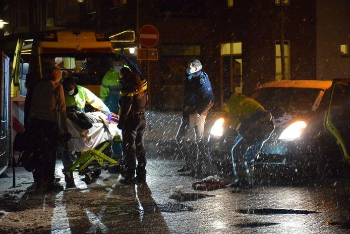 De gewonde vrouw is per ambulance vanuit Beuningen naar het ziekenhuis in Nijmegen gebracht.