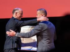 Onno van Veldhuizen neemt afscheid van Enschede als ereburger en officier