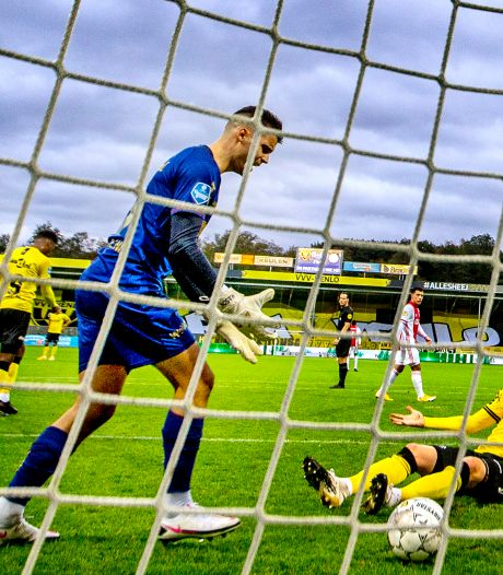 Ajax jaagt op doelpuntenrecord, Feyenoord vreest voor slechtste klassering in 10 jaar
