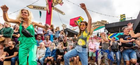 Festivalbezoekers denken aan compensatiefeestjes na streep door zomer: dit doen jullie na het harde besluit