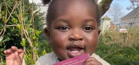 Zieke peuter Teleza (1,5) heeft eindelijk een Nederlands paspoort voor broodnodige hartoperaties