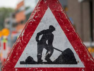 Aanleg van nieuwe asfaltlaag zorgt voor verkeershinder