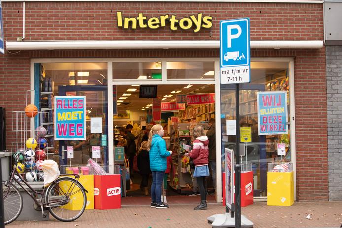 Er gaan nog meer Intertoys-winkels dicht in onze regio.