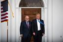 Donald Trump en Rudy Giuliani, triomferend in 2016.