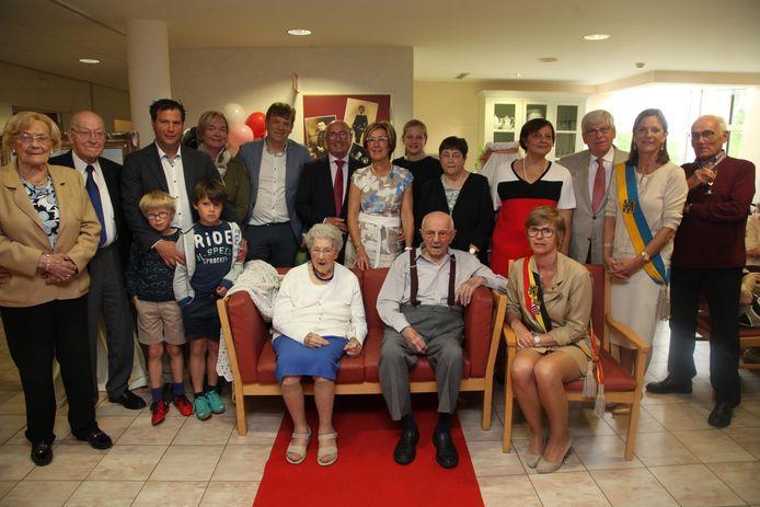 In juni 2017 werd Antoine Ghesquière 100 jaar en gehuldigd door het stadsbestuur.