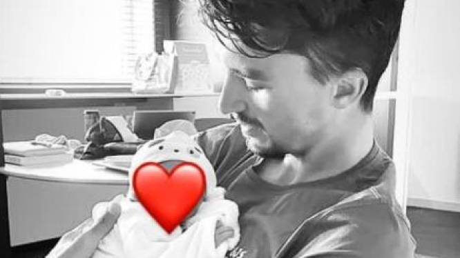 Julian Alaphilippe en Marion Rousse verwelkomen hun eerste kindje Nino