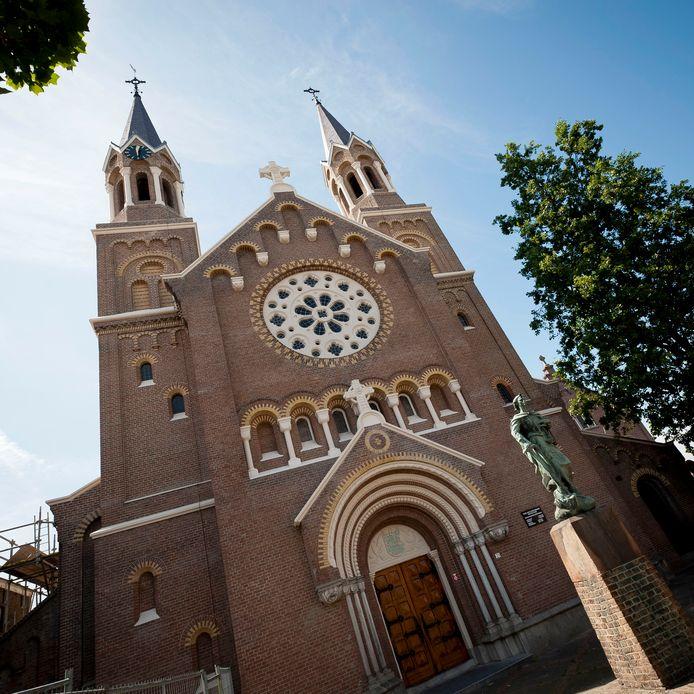 De Onze Lieve Vrouwekerk aan de Kade in Roosendaal. Een van de twee kerken in de Norbertusparochie.