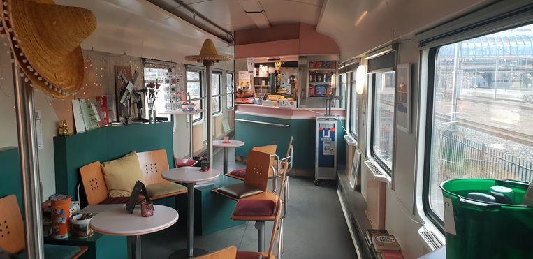 Train Lodgehostel. Beeld