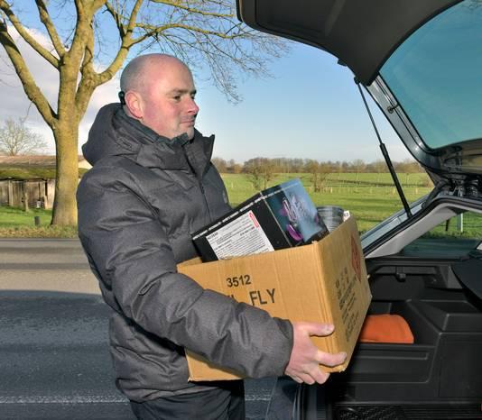 Nederlanders kopen het nodige vuurwerk voor Oud en Nieuw over de grens.