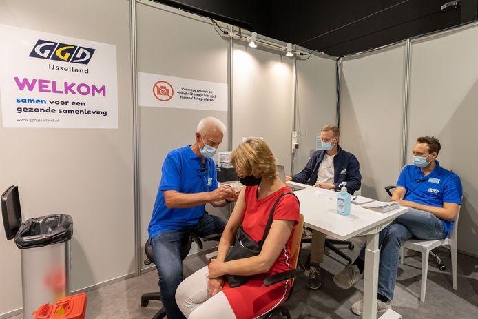 Patricia Licht kiest ervoor om tóch gevaccineerd te worden. ,,Zo heb ik meer vrijheden.''