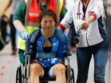 Zwaar ongeval bij WK baanwielrennen: renster komt in botsing met wedstrijdcommissaris