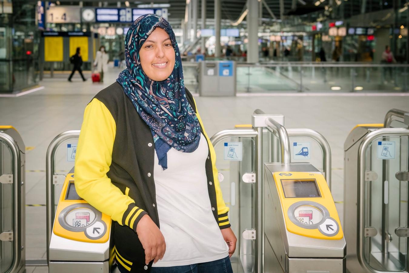 Binnenkort staat Laila in de kiosk bij spoor 11 en 12.