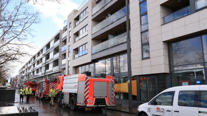 Appartementsblok geëvacueerd voor... waterdamp