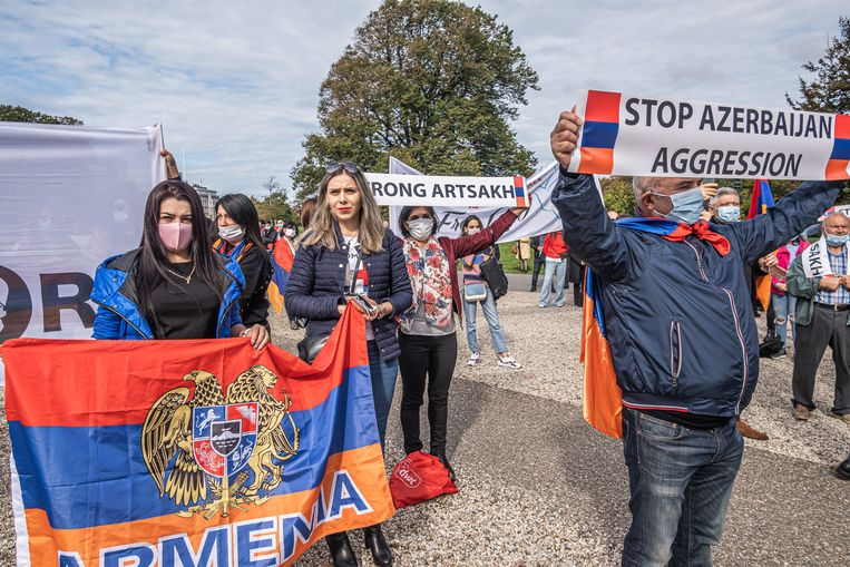 Protest in Den Haag tegen een militaire aanval van  van Azerbeidzjan in Nagorno Karabach, september vorig jaar. Beeld Joris Van Gennip