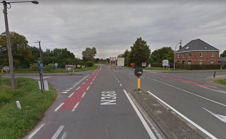 Het ongeval vond plaats op het kruispunt van de Lodistraat en Proosdijstraat.